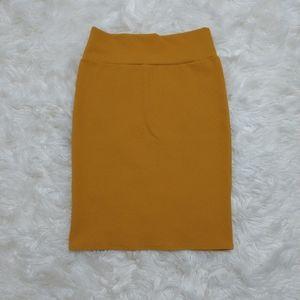 LuLaRoe Solid Mustard Textured Cassie Skirt Large
